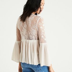 American Eagle Outfitters cream lace blouse